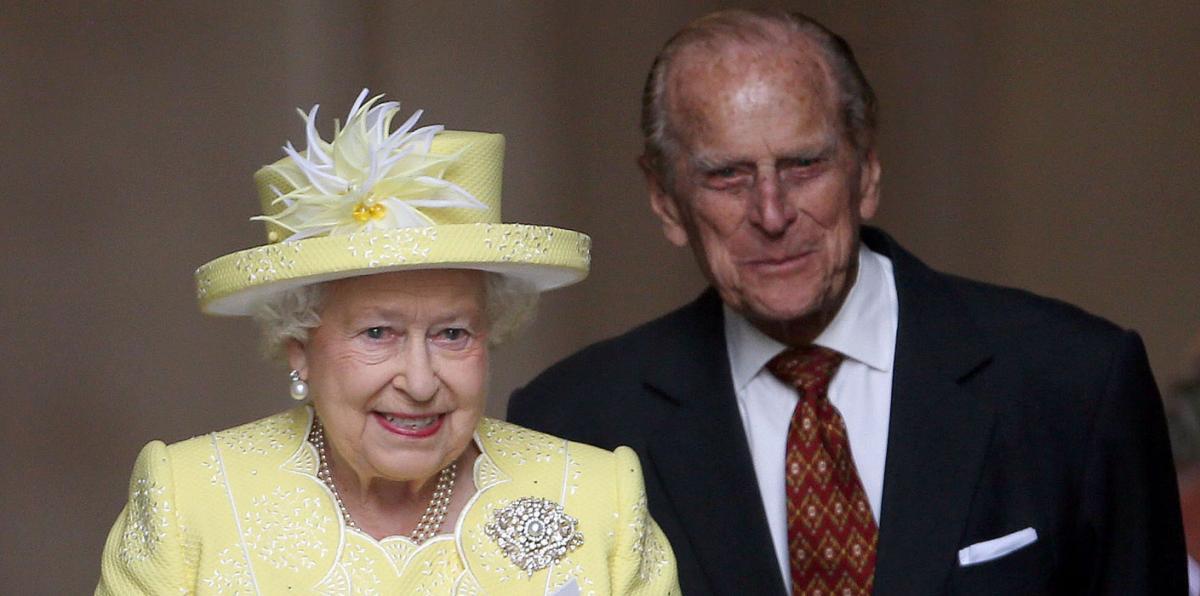 """Принц Филипп был """"фоном"""" для королевы Елизаветы II, но играл эту роль идеально / фото royal.uk"""