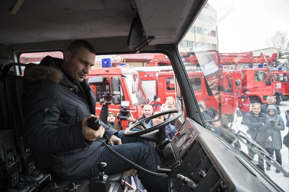 Часть средств направили на зарплаты работников «Киевавтодора» / kiev.klichko.org