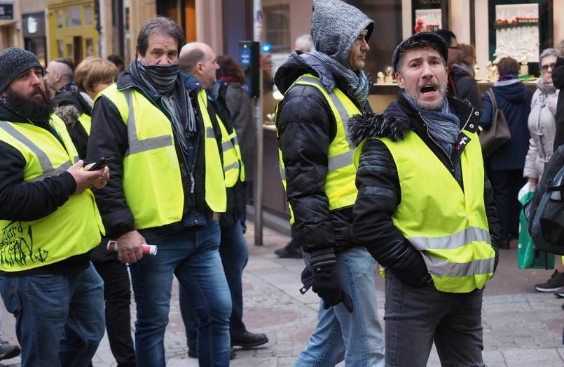 Волна протестов во Франции началась 17 ноября 2018 года / фото Dmitry Dzhus / flickr.com