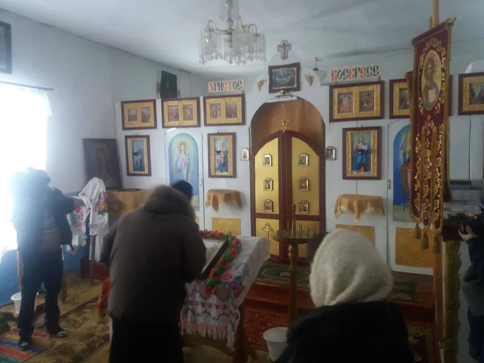 Священик відслужив літургію українською мовою / фото facebook.com/Євген Орда