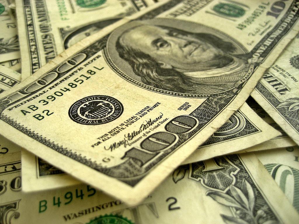 Курс доллара повысился впервые с 29 ноября / Flickr/401(K) 2012