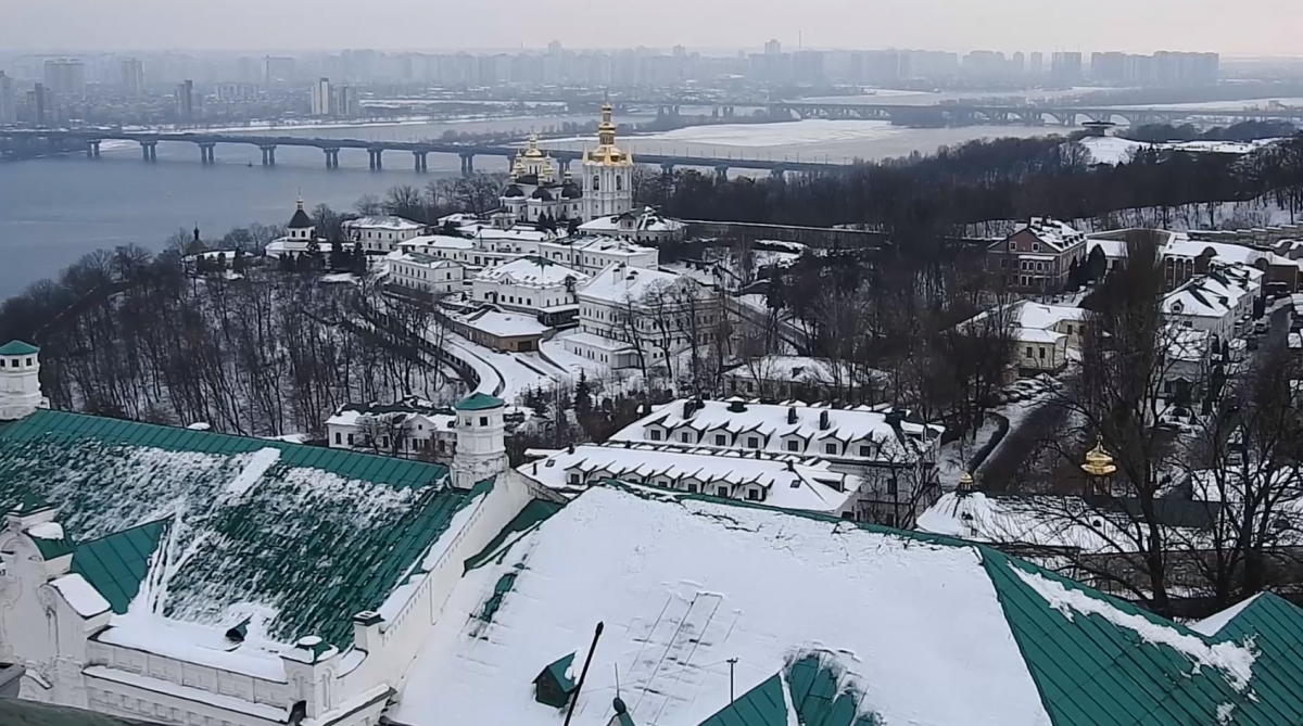 Києво-Печерська Лавра - державний заповідник, але частину його нерухомості давно віддали в оренду монастирю Московського патріархату / УНІАН