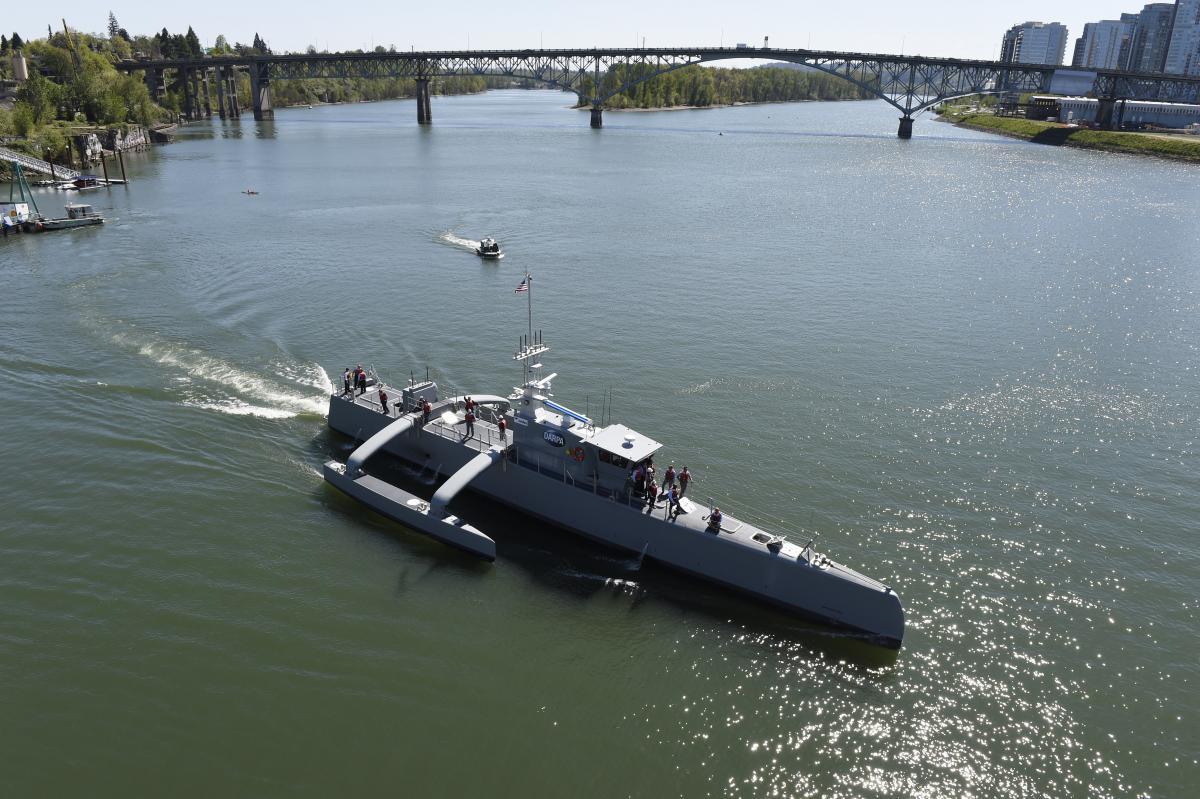 Первые контракты на постройку беспилотных кораблей должны появиться к 2023 году / america's Navy