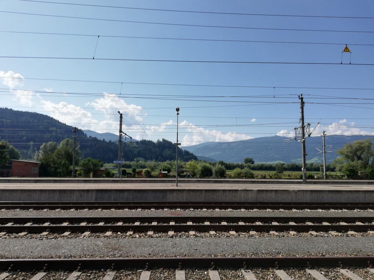 Австрия страна небольшая, потому ее легко бюджетно объехать на поезде / Фото Марина Григоренко