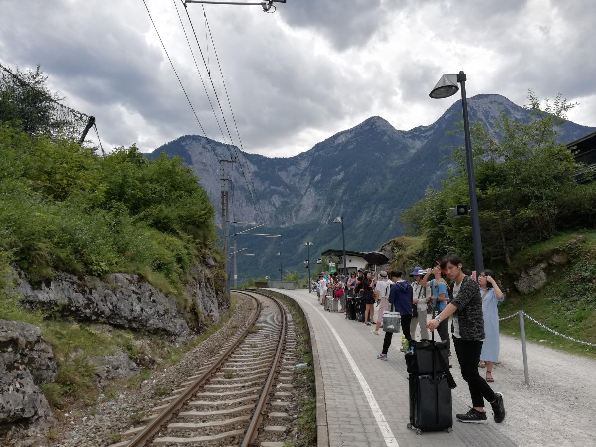 В час-пик или туристический сезон в австрийских поездах ажиотаж / Фото Марина Григоренко