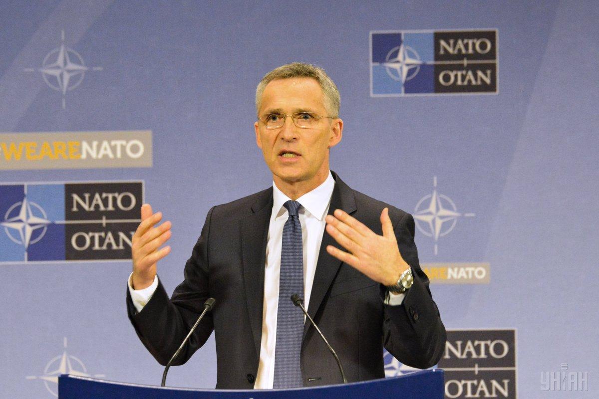 """Столтенберг подчеркнул, что Альянс должен отвечать на действия """"более напористой России"""" \ фото УНИАН"""