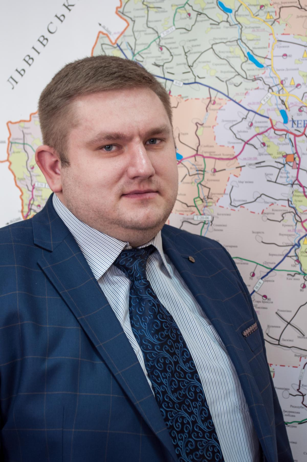 Начальник обласної Служби автомобільних доріг Богдан Юлик зазначає, що на Тернопільщині є дві траси, які дозволять економити водіям 80-100 км у стратегічних напрямках