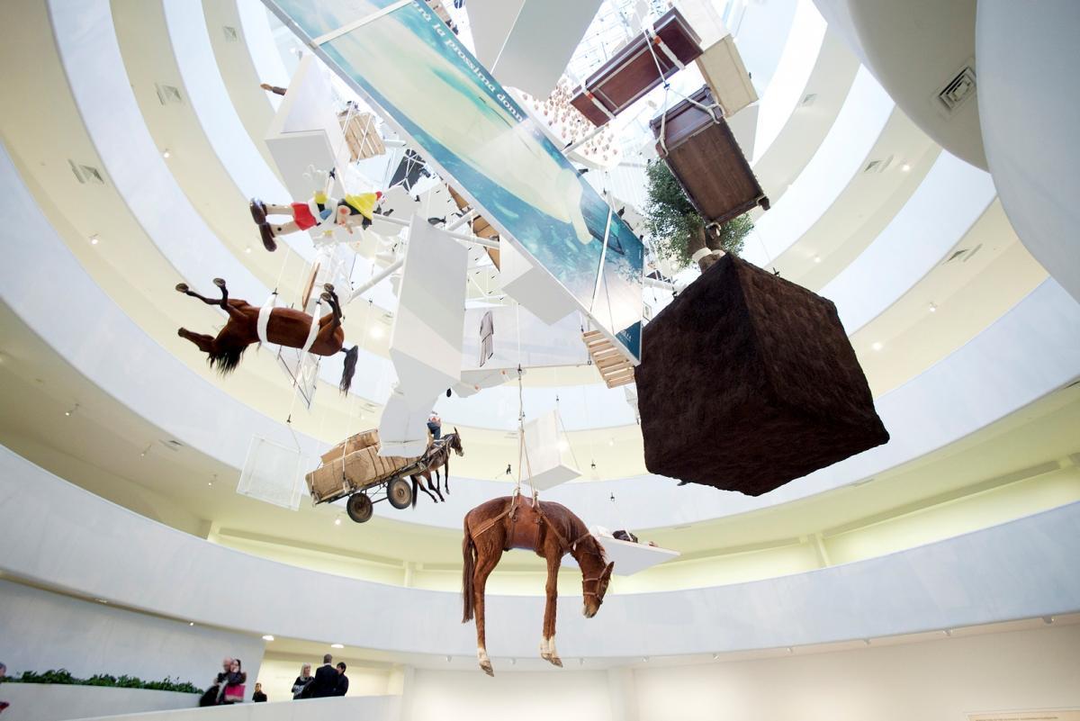 Инсталляция в музее Гуггенхайма в Бильбао / Фото google.com