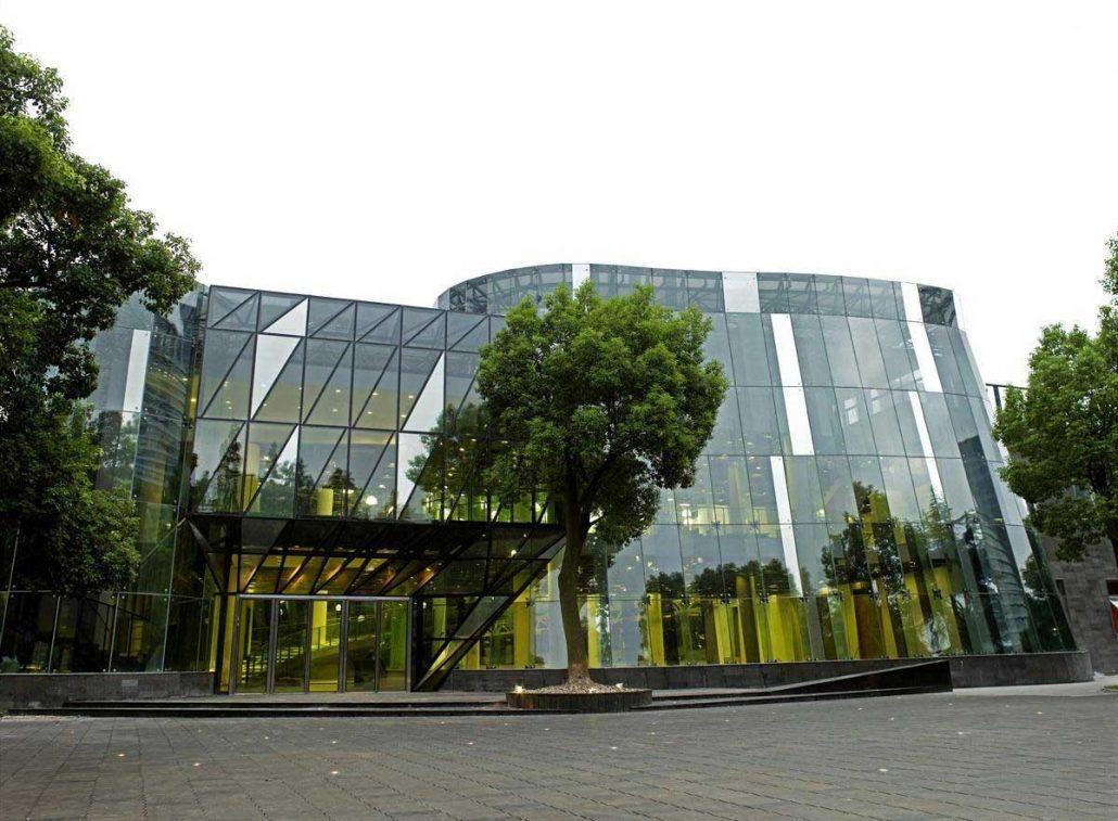 Здание Музея современного искусства, Шанхай / Фото google.com