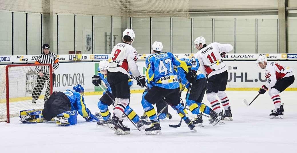Донбас знову програв лідеру чемпіонату ВХЛ / hcdonbass.com