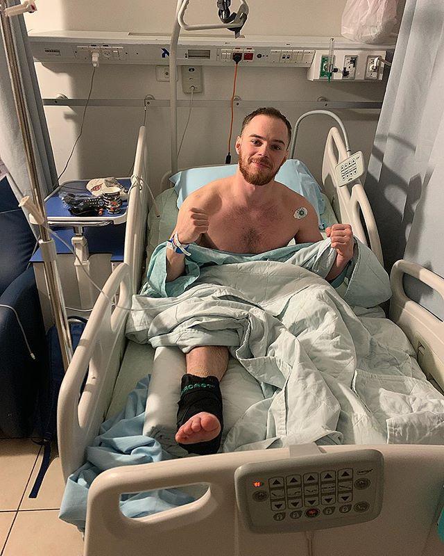 Верняеву прооперировали обе ноги в израильской клинике / instagram.com/verniaiev13