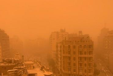 Каїр накрила піщана буря (відео)