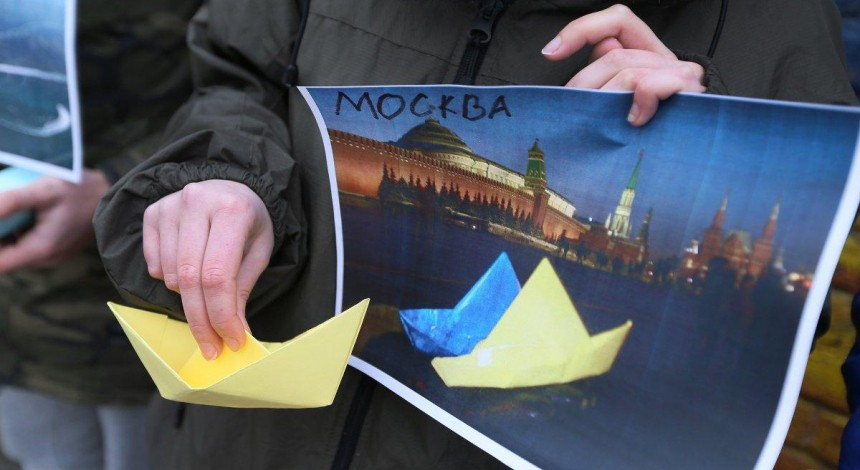 Russia says it won't abide by ITLOS decision to free Ukrainian sailors