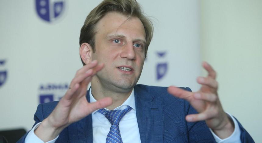 Картинки по запросу Глава АРМА Антон Янчук