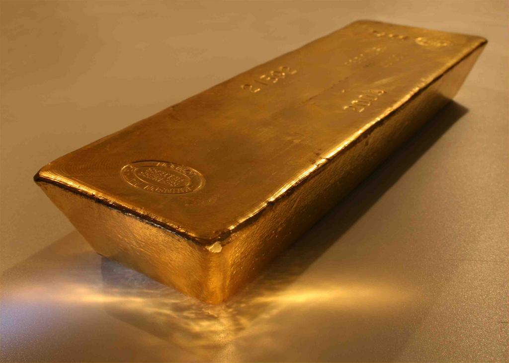 Золотые слитки в течение ноября доставлялись в Польшу самолетами / фото flickr.com/photos/bullionvault