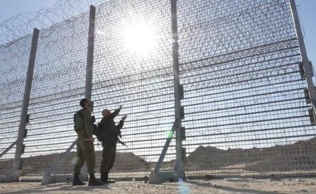 Забор из оцинкованной стали будет высотой шесть метров / фото facebook/Netanyahu