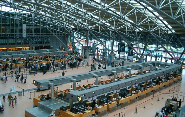 В аэропорту Гамбурга из-за забастовки отменены около 60 рейсов / фото wikipedia.org