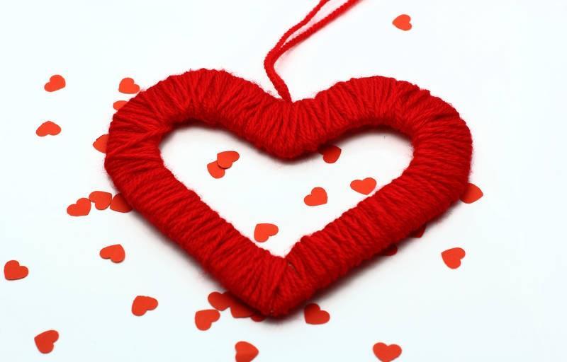 Що подарувати дівчині на день Святого Валентина  ідеї подарунків ... 37f30f7ffe8ce