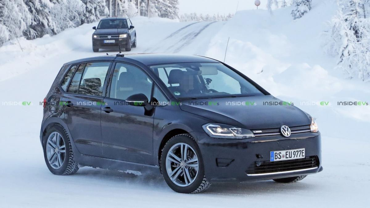 В сеть попали шпионские фото новых электрокаров Volkswagen / фото insideevs.com