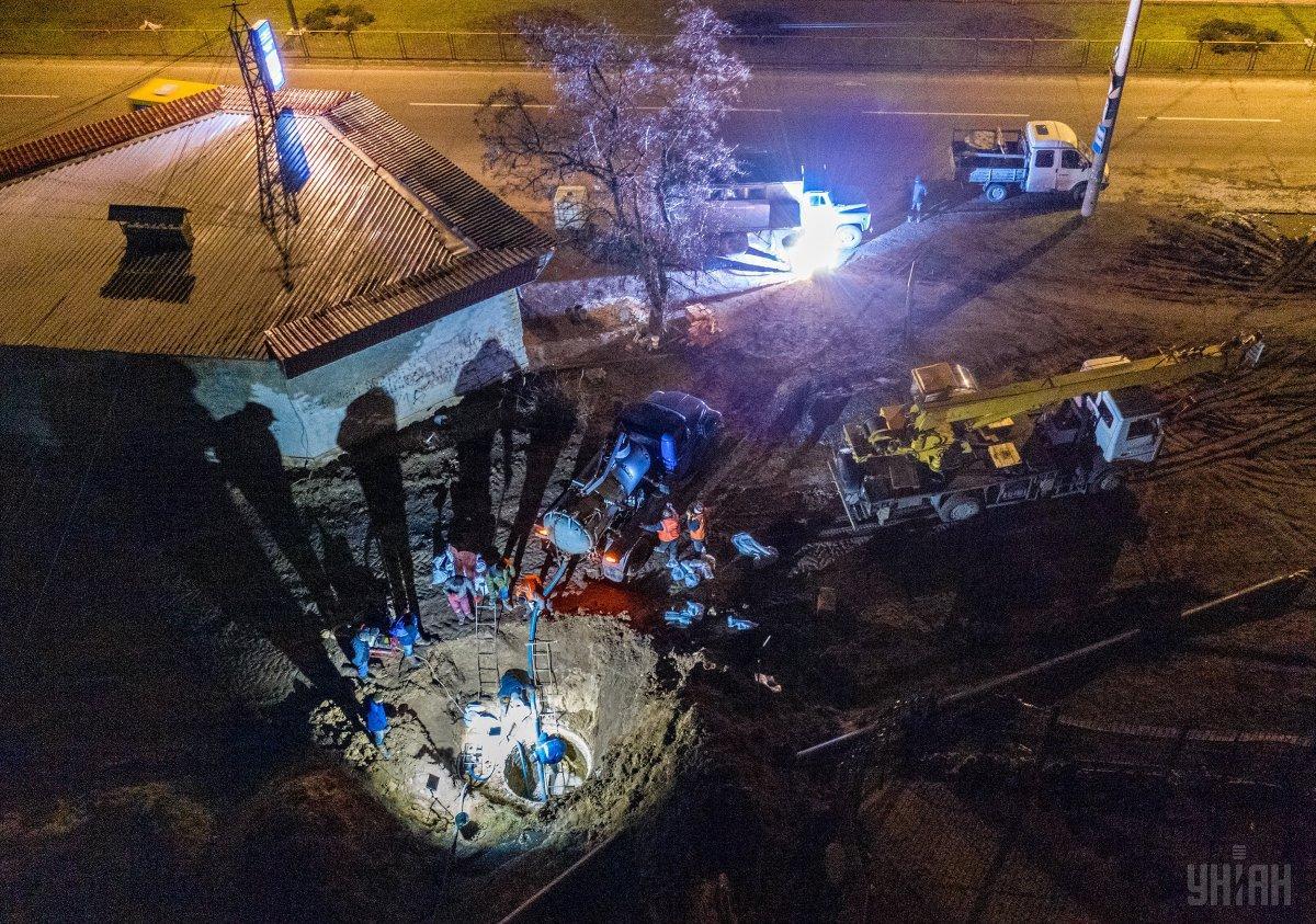 В Бердянске полгорода осталось без воды из-за аварии на канализационном коллекторе / фото УНИАН