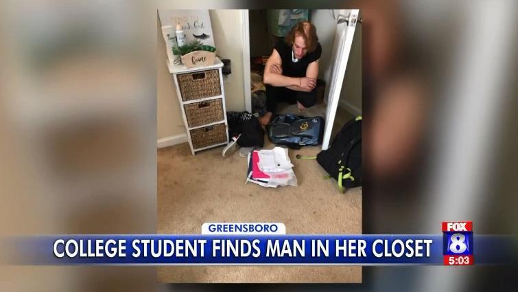 Американка нашла в своем шкафу незнакомца / Скриншот - FOX8