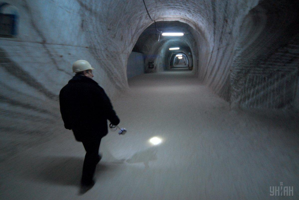 Справжня підземна лікарня в соляній шахті на глибині 300 м в Солотвино / Фото УНІАН