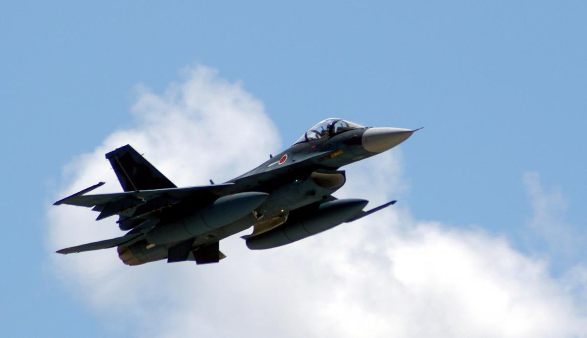 Истребители F-2 поступили навооружение Воздушных сил самообороны Японии в2000году / фото af.mil / Marine Cpl. Ashleigh Bryant