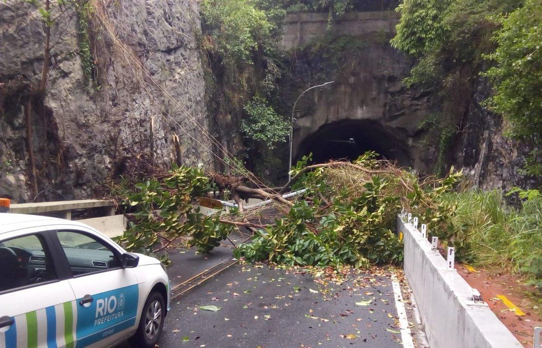 Ріо-де-Жанейро постраждав від шторму / twitter.com/OperacoesRio