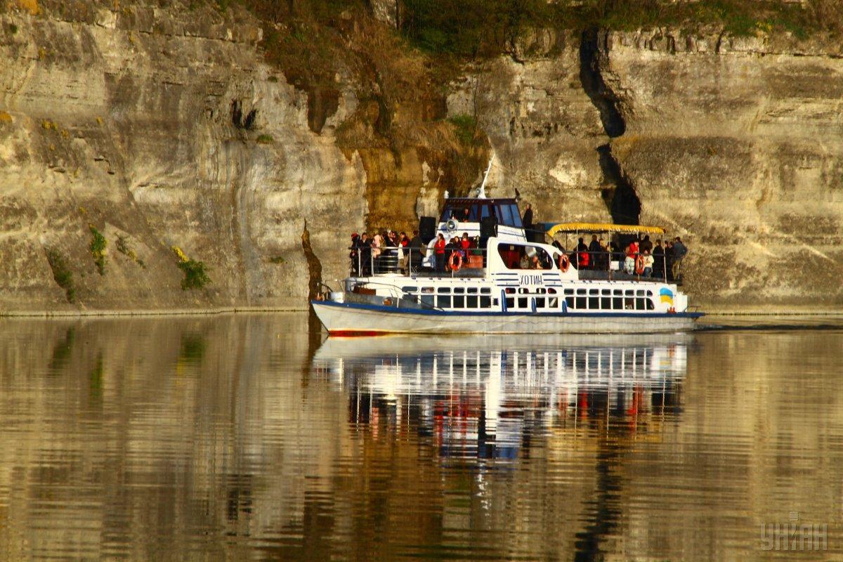 Зарубежные и украинские туристы должны узнать, какая прекрасная у нас страна / фото УНИАН