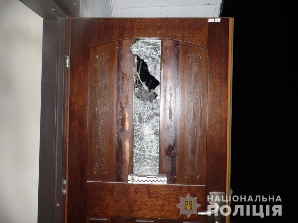 Правоохранители расследуют взрыв гранаты под дверью частного дома в Ривном / ГУ НП в Ровенской области