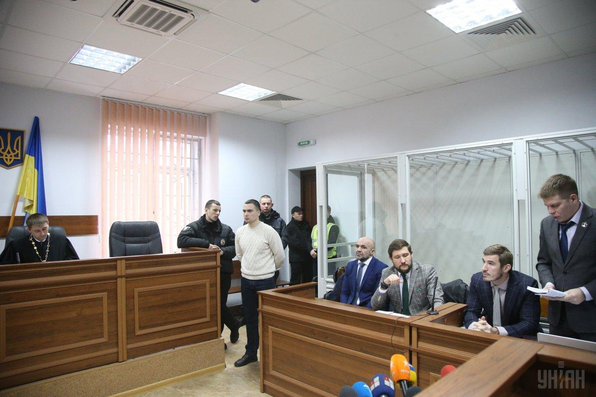 Прокурори стверджують, що Мангер платив гроші іншим підозрюваним за мовчання / фото УНІАН