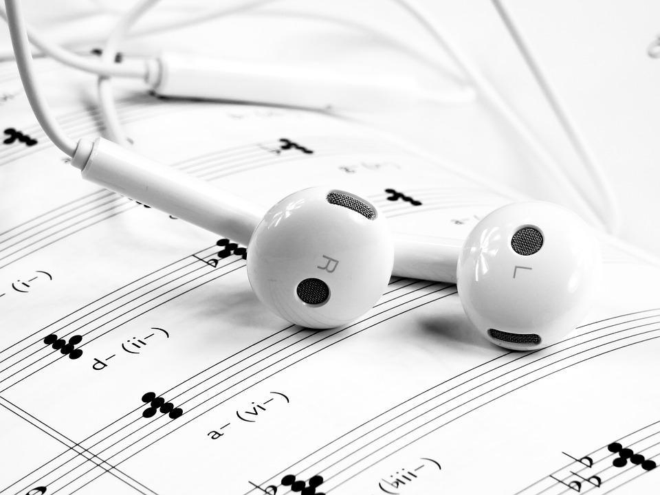 Самые лучшие музыкальные альбомы / фото pixabay.com
