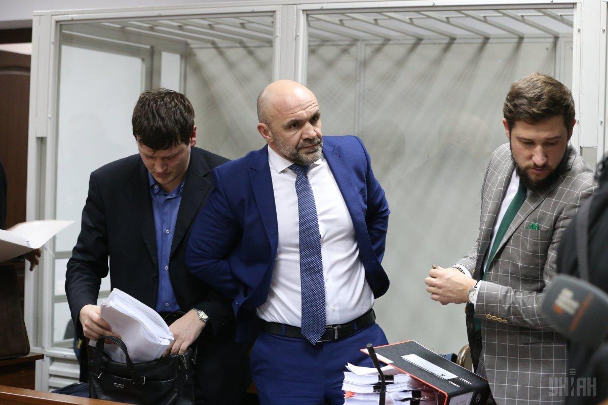Суд оголосив перерву у справі Мангера до ранку / фото УНІАН