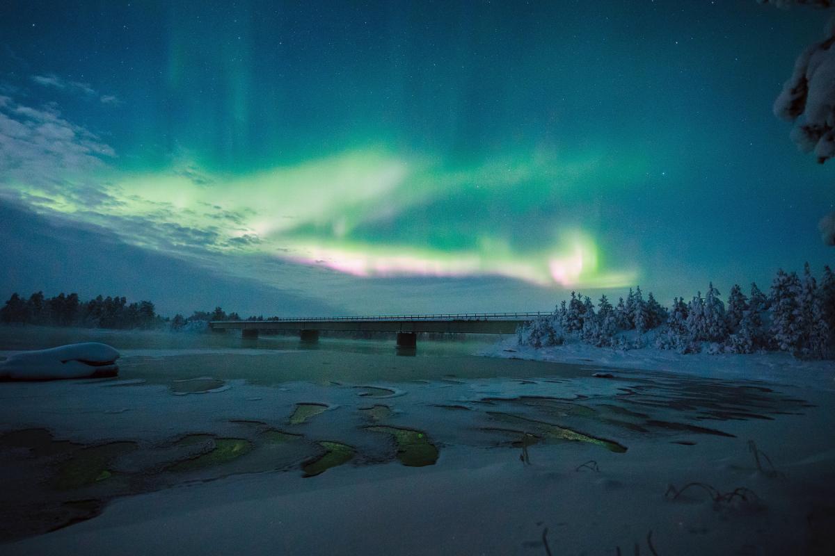 Північне сяйво у Лапландії / REUTERS