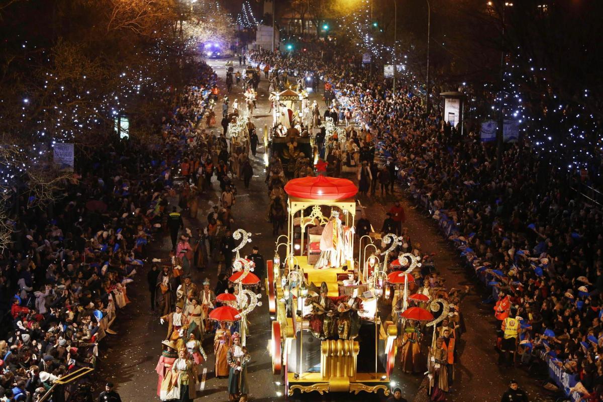 Праздник волхвов в Барселоне на Рождество / Фото google.com