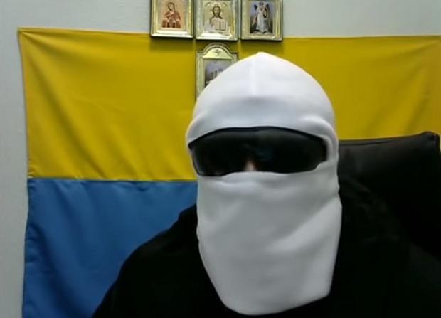 """Моренец для стимулирования протестов снимал для интернета видео от имени """"Белой балаклавы"""" / скриншот"""