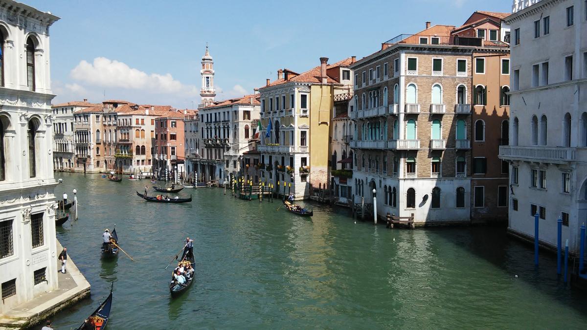 В 421 году, согласно легенде,была основана Венеция / Ольга Броскова