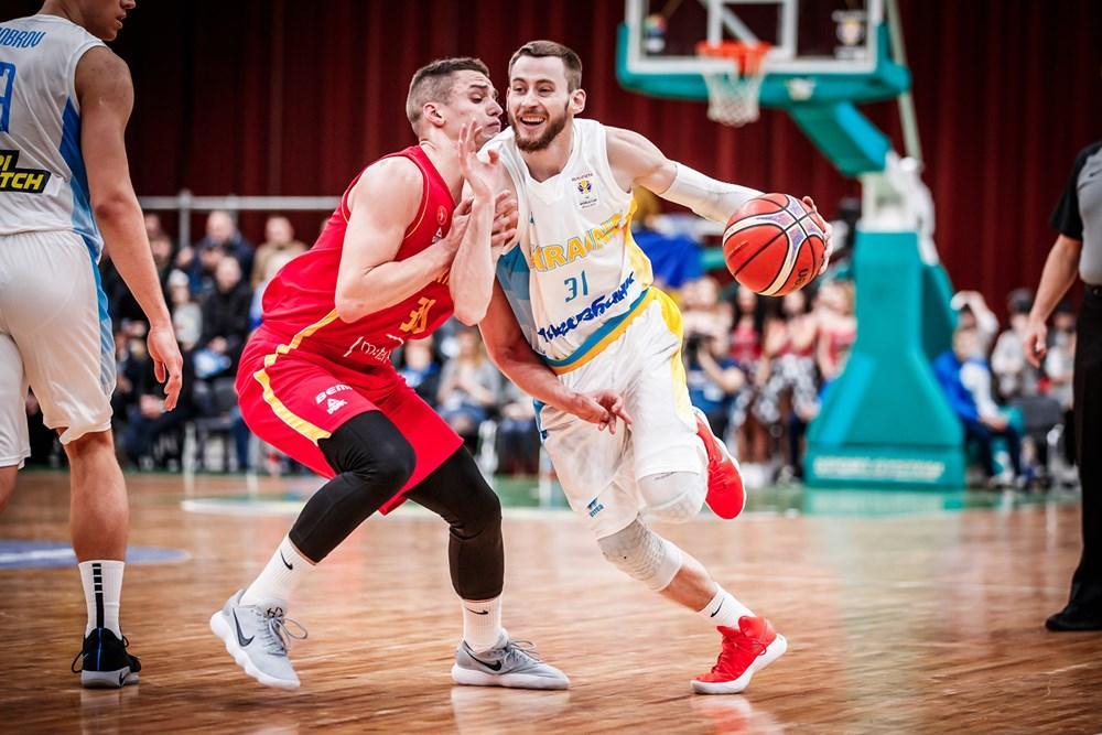 Сборная Украины уступила команде Черногории в решающем матче отбора ЧМ-2019 / fiba.basketball