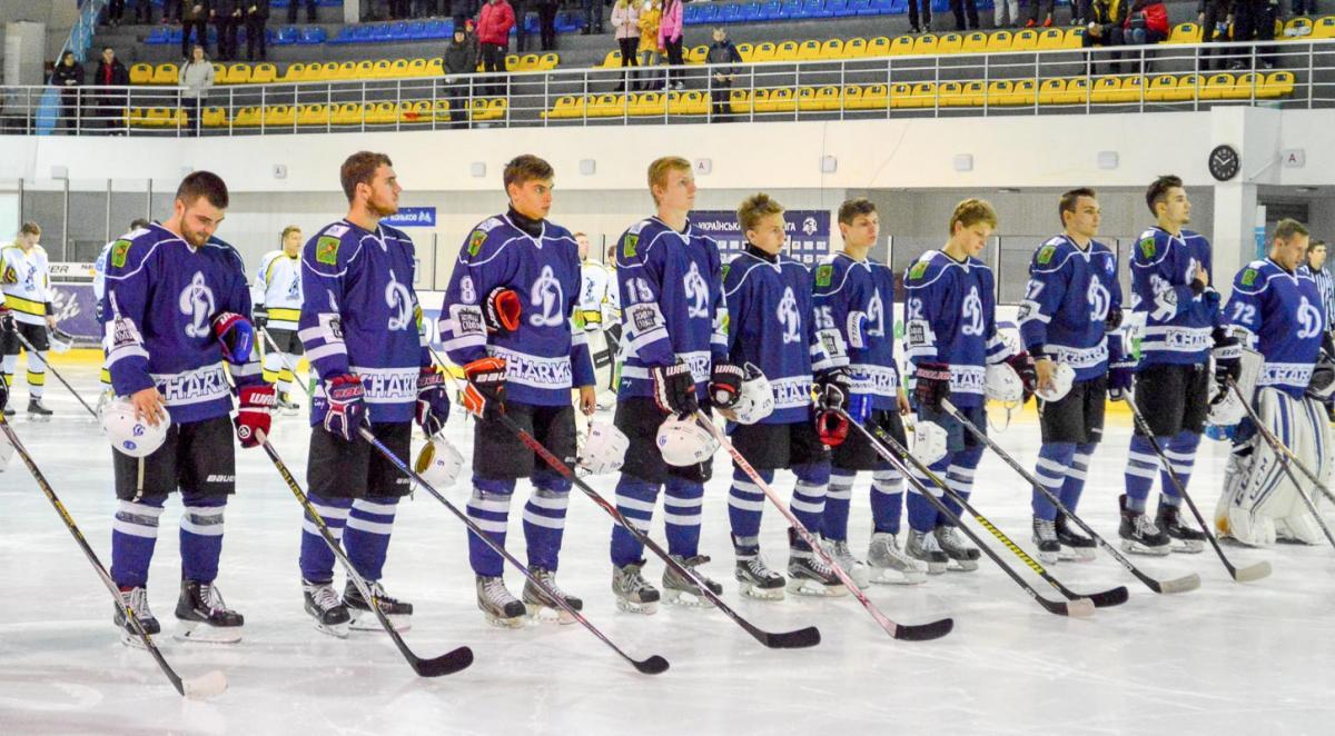 Хокеїсти Динамо виграли черговий матч регулярного чемпіонату ВХЛ / uhl.ua