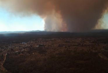 Австралія потерпає від пожеж, повеней і снігопадів (відео)