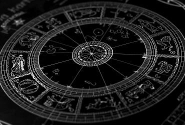 Астролог назвал знаки Зодиака, которые точно разбогатеют до конца 2019 года