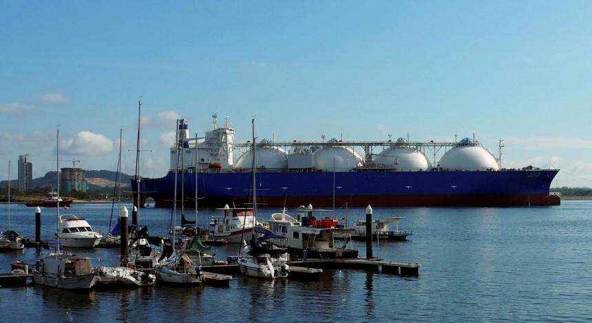 Ship with U.S. LNG for Ukraine arrives in Polish port
