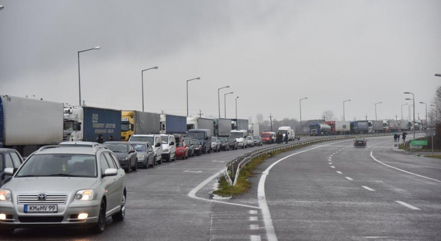Лідер «євробляхарів»: в Україні розмитнено лише 5% авто з Європи