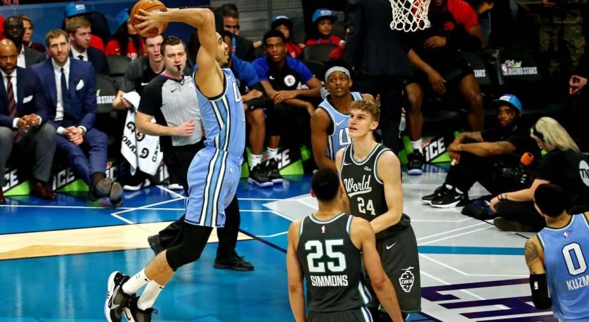 В Матче восходящих звезд НБА сборная США обыграла сборную мира