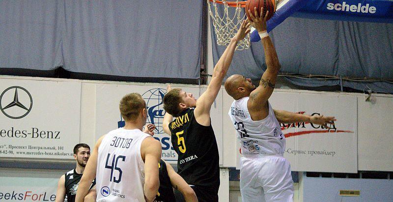 Николаев уверенно победил Киев-Баскет в матче Суперлиги / fbu.ua