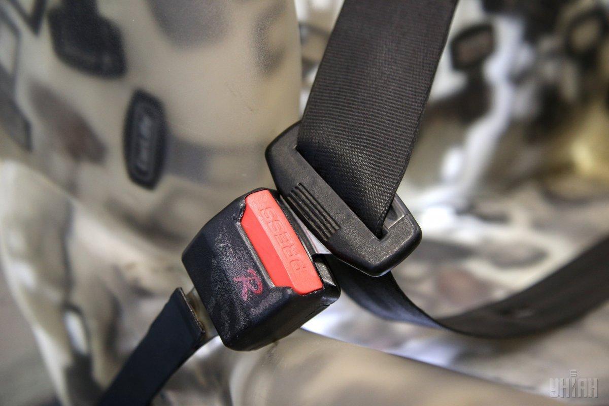 Лишь 23% водителей в Украине пользуются ремнями безопасности / фото УНИАН