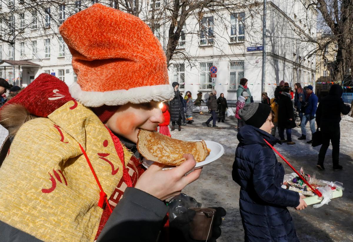 История и традиции празднования Масленицы / REUTERS
