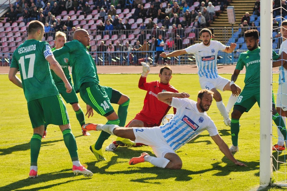 Ворскла и Десна не смогли выявить победителя в очном матче Премьер-лиги / GOROD.cn.ua