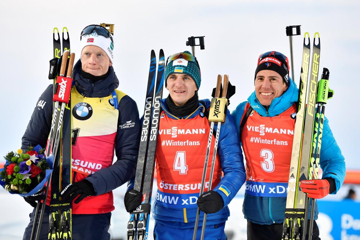 Дмитро Підручний (у центрі) виграв золото ЧС з біатлону / REUTERS