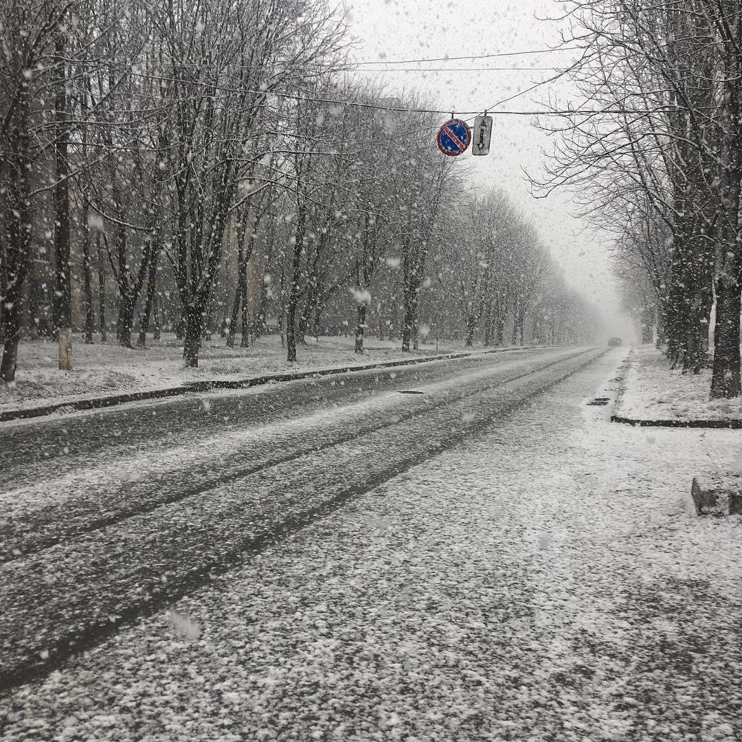 Вінницю снігопад накрив / www.instagram.com/by_vitalyushka